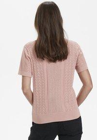 Cream - Print T-shirt - rose dawn - 2