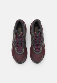 ASICS SportStyle - GEL-1130 UNISEX - Sneakers basse - deep mars/graphite grey - 3
