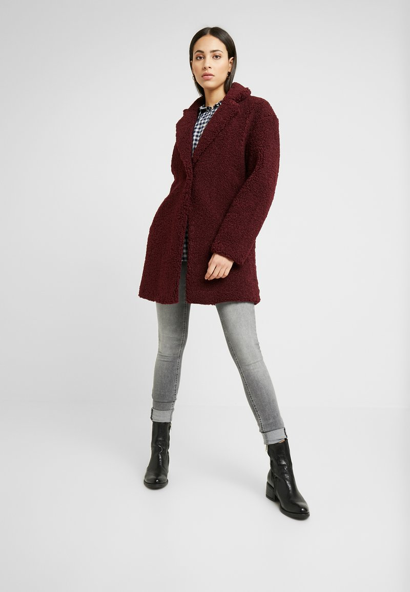 ONLY Tall - ONLALMA COAT - Abrigo - windsor wine