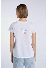 SET - MIT STATEMENT PRINT - Print T-shirt - bright white - 1