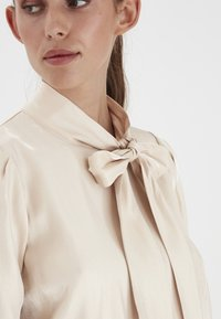 ICHI - IHARIA LS - Blouse - frosted almond - 2