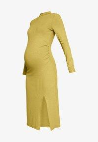 Zign Maternity - Vestido ligero - oliv - 3