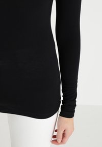 Kaffe - YOKO ROLLNECK - Long sleeved top - black deep - 5
