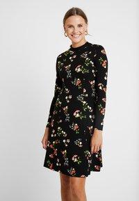 Dorothy Perkins - WINTER FLORAL PRINT HIGH NECK SWING - Jersey dress - black - 0