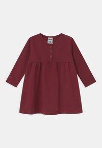 Cotton On - KARMEN 2 PACK  - Žerzejové šaty - noir grape/burnt squash - 2