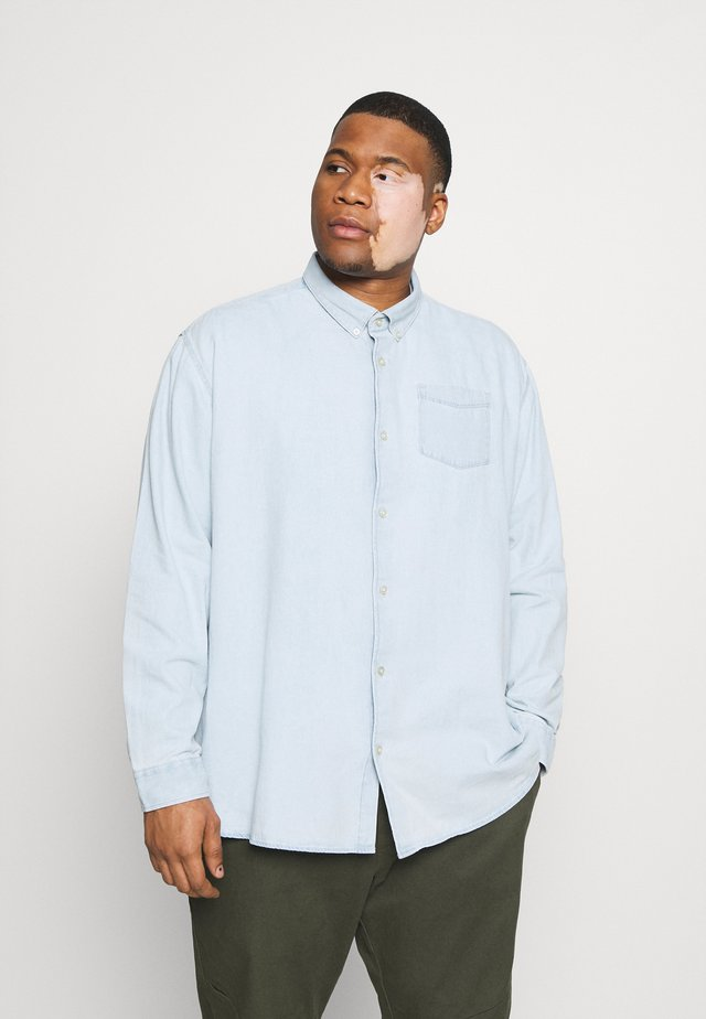 WASHED OXFORD - Shirt - light blue