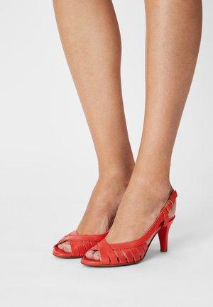 VESPI - Sandals - corail