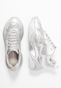 Tamaris Fashletics - LACE UP - Baskets basses - silver