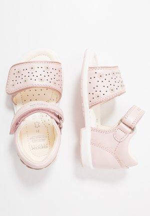 VERRED - Sandals - light rose