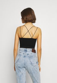 BDG Urban Outfitters - STRAPPY BACK CAMI - Topper - black - 2