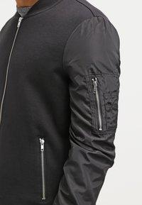 YOURTURN - Zip-up hoodie - black - 4