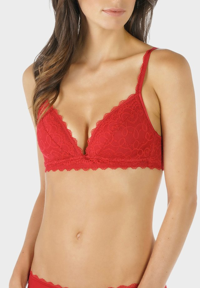 SPACER-BH - Triangle bra - red