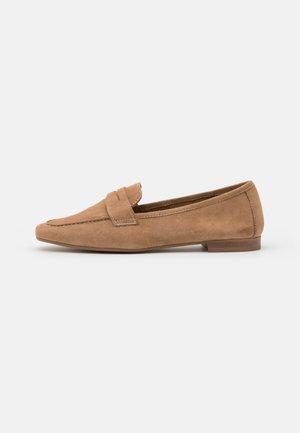 RESEDA - Nazouvací boty - beige