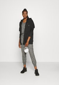 Sweaty Betty - GARUDASANA - Trainingspak - black marl - 1