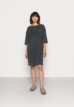 HANKY DRESS - Jersey dress - dark shadow