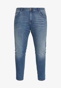 TOM TAILOR MEN PLUS - Slim fit jeans - light stone - 4