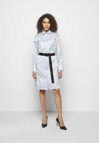 KARL LAGERFELD - CHINTZ SHIRT DRESS - Shirt dress - artic ice - 0