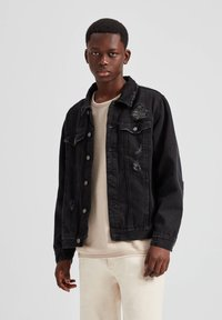 PULL&BEAR - Džínová bunda - dark grey - 0