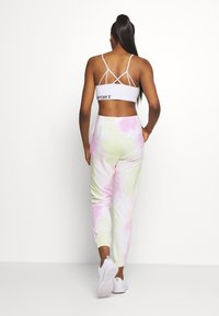 DKNY - TIE DYE CROPPED - Tracksuit bottoms - multi-coloured - 2