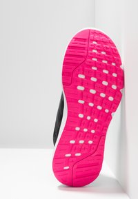 adidas Performance - GALAXY 4 - Juoksukenkä/neutraalit - core black/footwear white/shock pink - 4