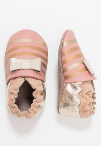Robeez - SHINY BOW TIE - First shoes - rose/or - 2