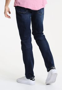 Tommy Hilfiger - DENTON - Straight leg jeans - new dark stone