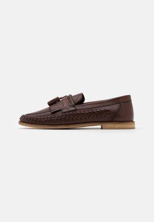 ARROW LOAFERS - Scarpe senza lacci - brown