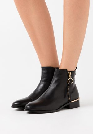 FEVER  - Classic ankle boots - black
