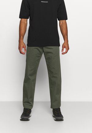 MOMENT COMFORT PANT - Trousers - thrill green