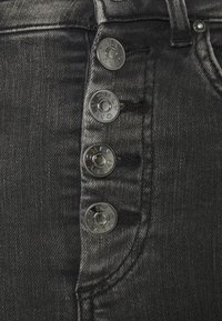 ONLY Tall - ONLBLUSH BUTTON - Jeans Skinny Fit - black - 5