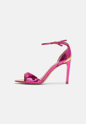 DIVINE - Sandály - pink