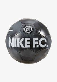 Fotbal - black/dark grey/cool grey/white