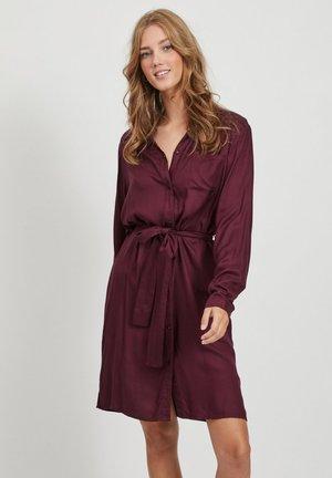 Shirt dress - winetasting