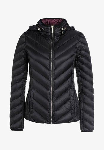 SHORT PACKABLE PUFFER - Gewatteerde jas - black