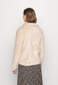 ONLY - ONLADELE  - Zimní bunda - warm taupe - 2