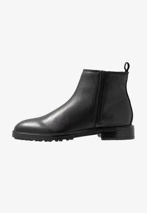 BOHEMIAN - Kotníkové boty - black