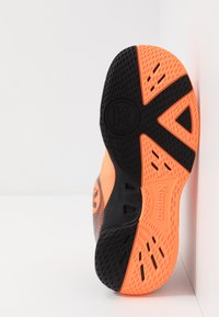 Kempa - WING 2.0 JUNIOR UNISEX - Håndboldsko - fluo orange/black - 4