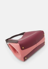 Coach - COLORBLOCK HADLEY HOBO - Handbag - taffy/cherry mutli - 6