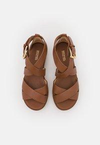 MICHAEL Michael Kors - DARBY - Platform sandals - luggage - 4