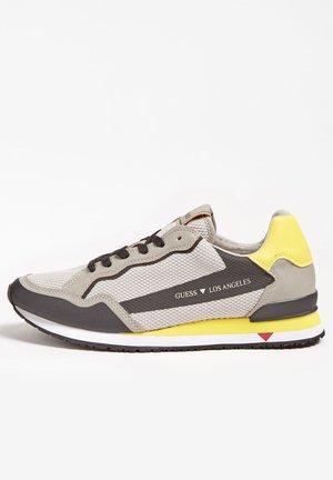 A$AP ROCKY - Trainers - mehrfarbig grau