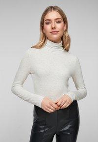 s.Oliver - Long sleeved top - cream melange - 5