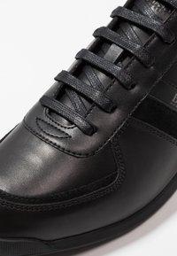 BOSS - GLAZE - Sneakers laag - black - 5