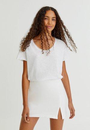MIT SCHLITZ - A-line skirt - white