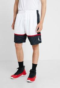Jordan - JUMPMAN GRAPHIC SHORT - Korte sportsbukser - black/white/gym red - 0