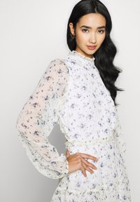 Nly by Nelly - VOLUME SLEEVE FRILL DRESS - Day dress - blue - 4