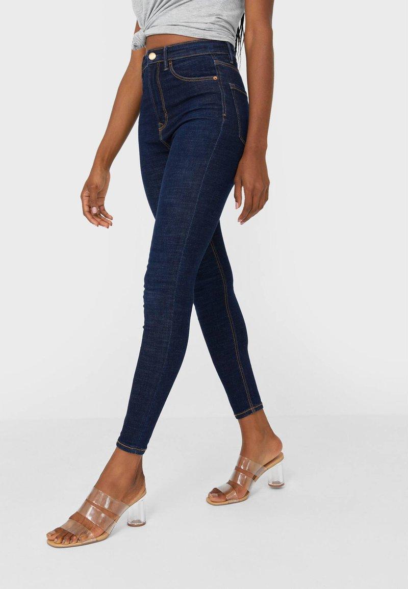 Stradivarius - Jeans Skinny Fit - dark blue