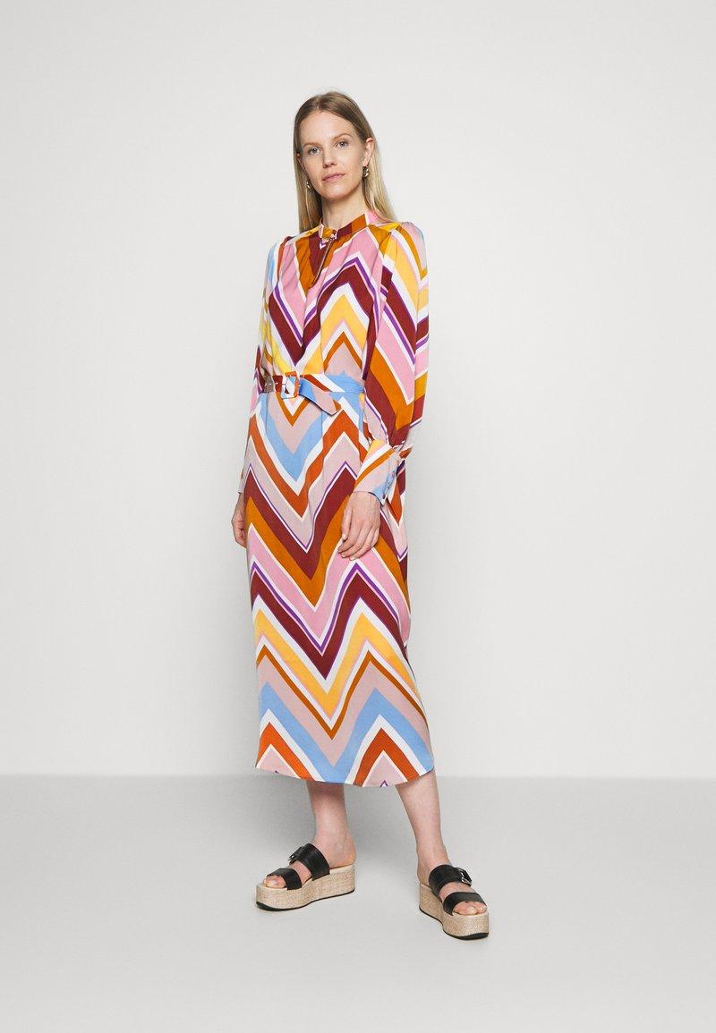 Six Ames - SAMANTHA - Abito a camicia - multi-coloured