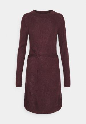 VIWULVA TIE BELT DRESS - Jumper dress - winetasting