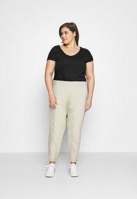 Nike Sportswear - PANT TREND PLUS - Joggebukse - coconut milk - 1