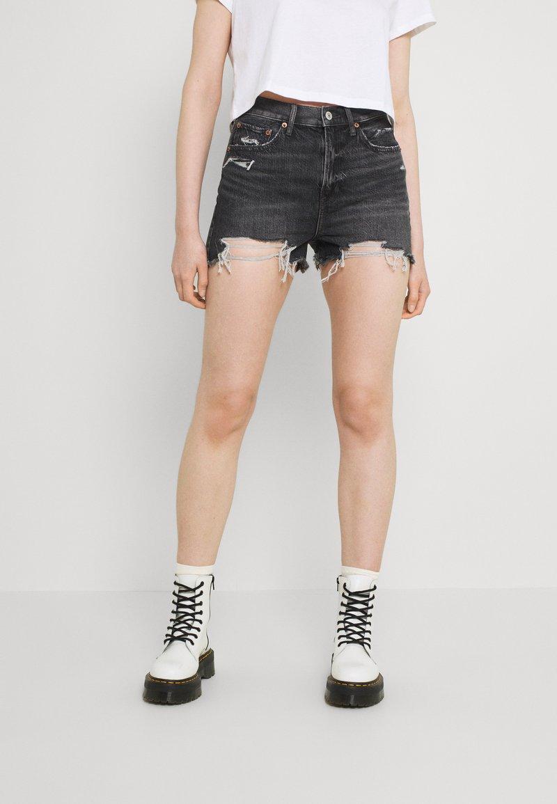 American Eagle - HIGHEST RISE - Denim shorts - washed black